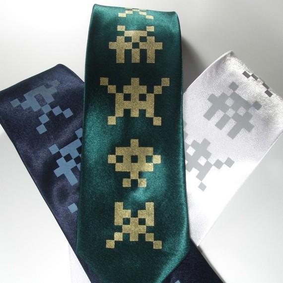 cravate-space-invaders-geek